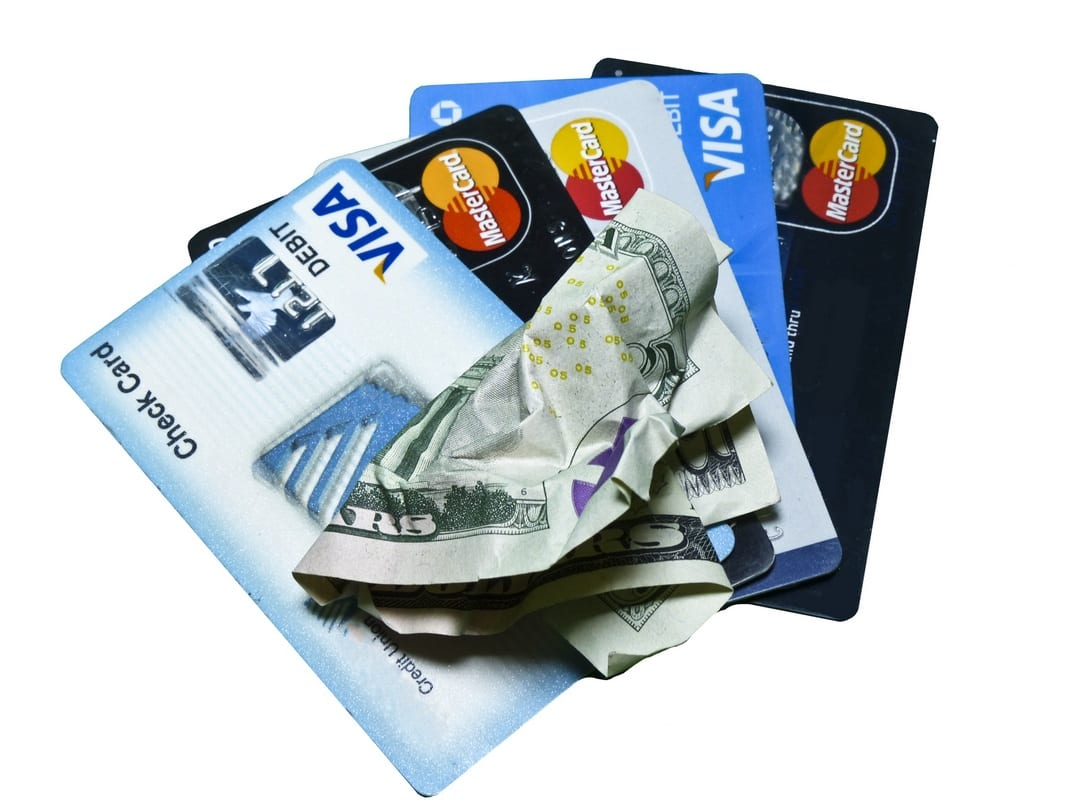 travel-safe-with-credit-card