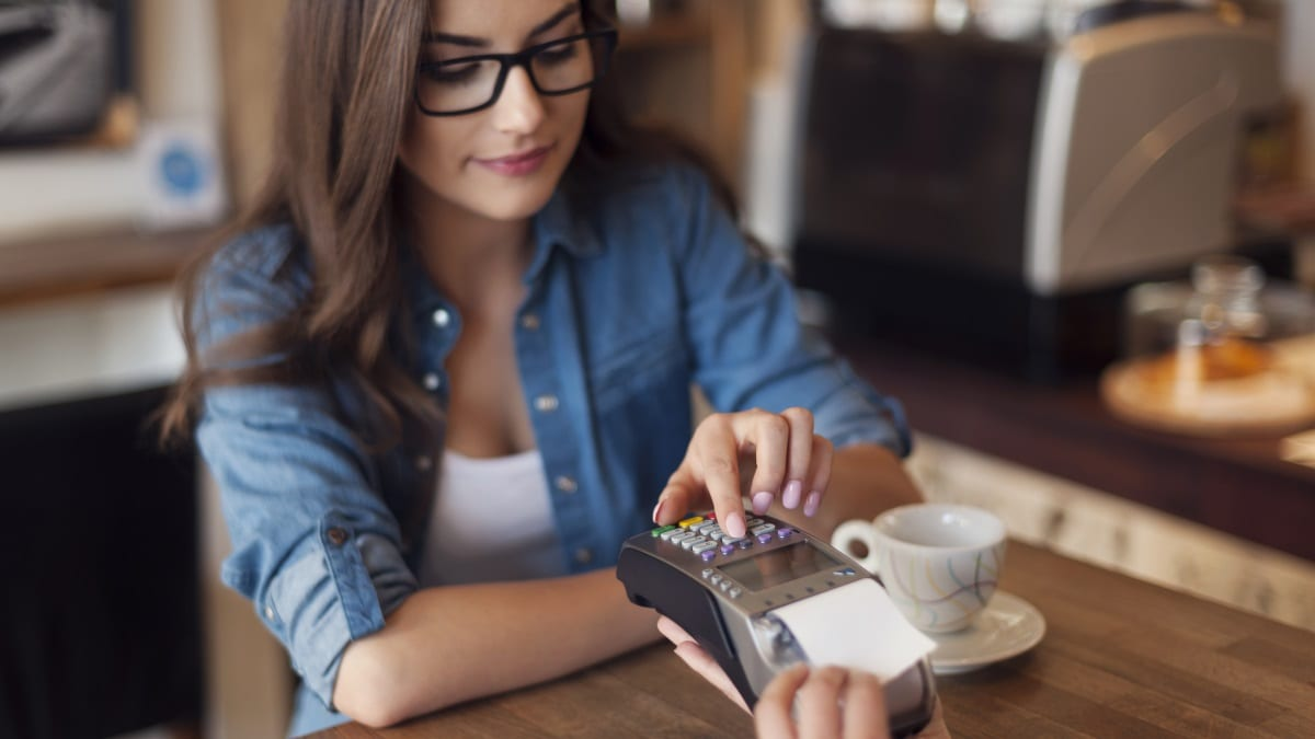 How To Maximize Reloadable Debit Cards Benefits For You