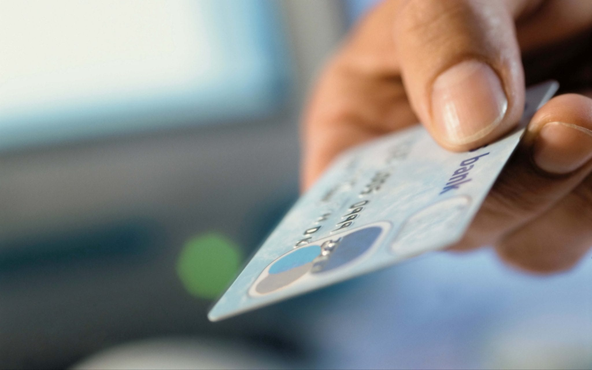 Here Are 3 Credit Cards Must Have Which You Can Use Everyday